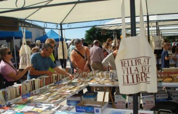 Editorial Barcino fa parada a la fira del llibre de Bellprat